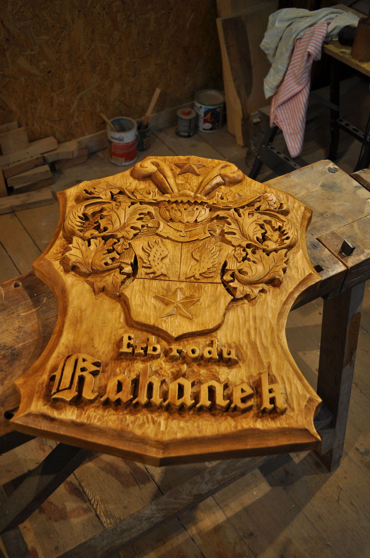 drevorezba-carving-wood-drevo-emblem-znak-erb-plastika-obraz-2019-radekzdrazil-06