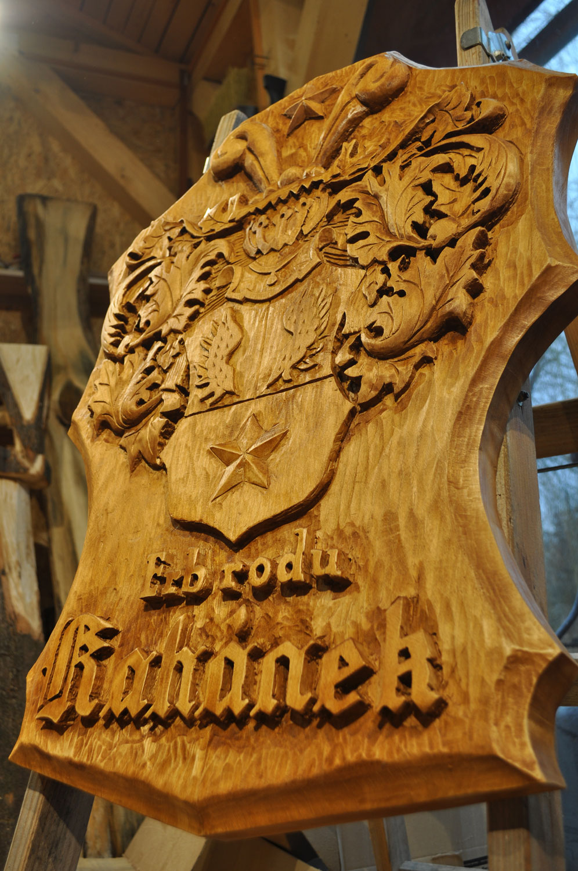 drevorezba-carving-wood-drevo-emblem-znak-erb-plastika-obraz-2019-radekzdrazil-07