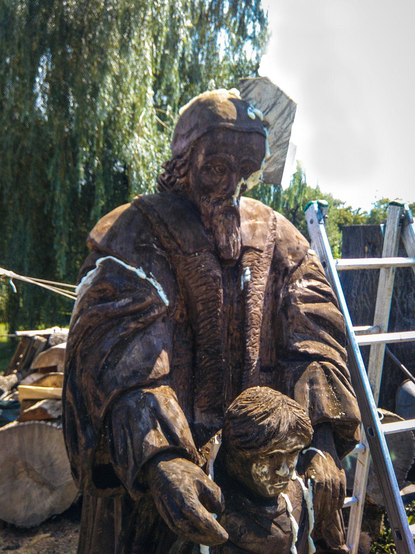 drevorezba-carving-wood-drevo-socha-JanAmosKomensky-20190819-02