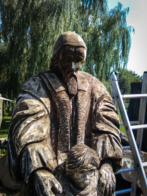 drevorezba-carving-wood-drevo-socha-JanAmosKomensky-20190819-06