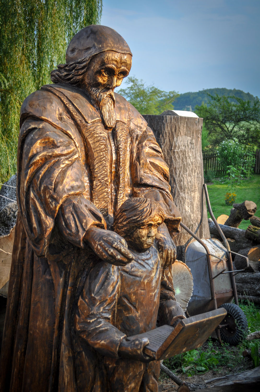 drevorezba-carving-wood-drevo-socha-JanAmosKomensky-20190819-09