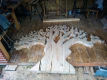 drevorezba-vyrezavani-deskovyobraz-strom-lipa-rezbar-05