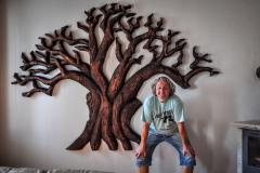 drevorezba-vyrezavani-deskovyobraz-strom-lipa-rezbar-09